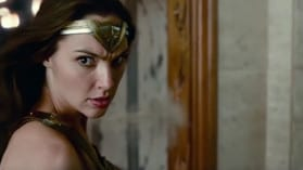 "Justice League | Neuer ""Justice League""-Clip zeigt Wonder Woman in Aktion"